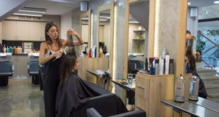 Anastasia filoglou Hair στη Γλυφάδα